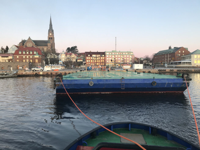 Pråm Barge