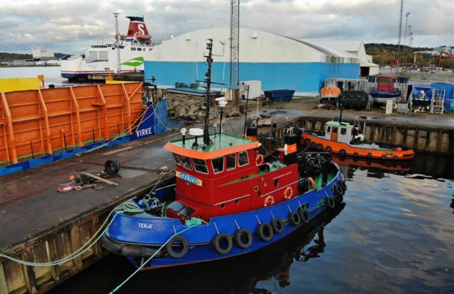 Sandinge pråm bogserbåt bogserbåtar pråmar